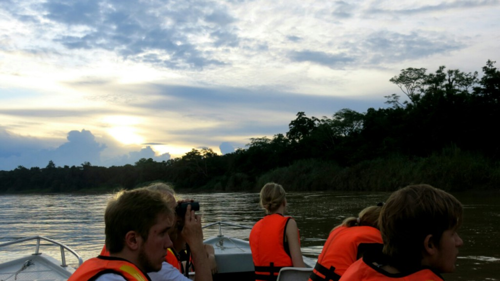 kinabatangan_boat