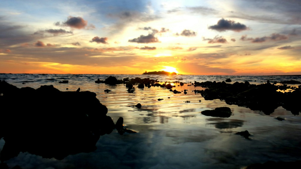 sunset_mantanani