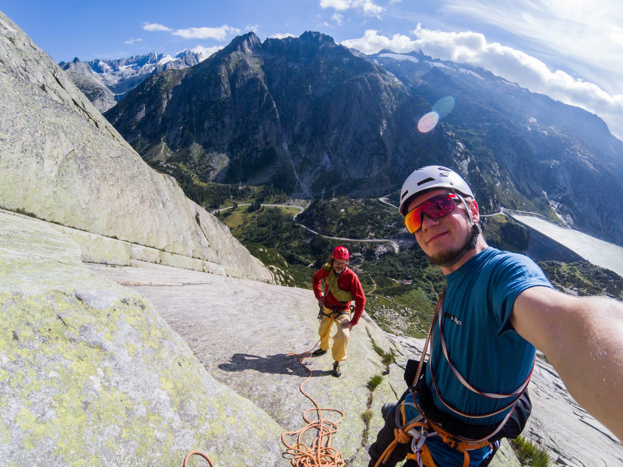 Kletterausrüstung Kaufen Schweiz : Klettern im schweizer granit volle platte adventure eu